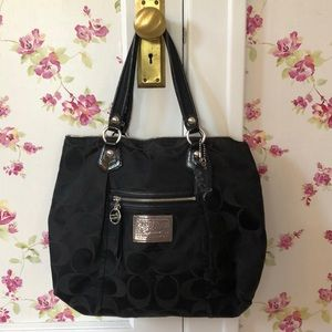 Coach Poppy Signature Tote